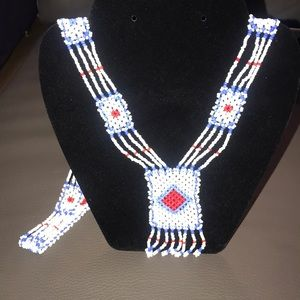 Jewelry - Southwestern style beaded long necklace